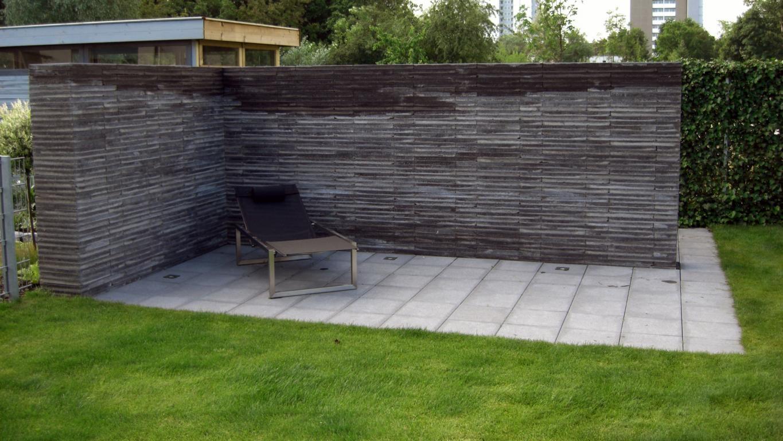 Referenz Freistehende Sichtschutzmauer KAROK Gartengestaltung